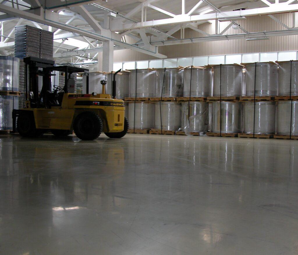 Топпинги - бетонные полы с упрочняющим верхним слоем