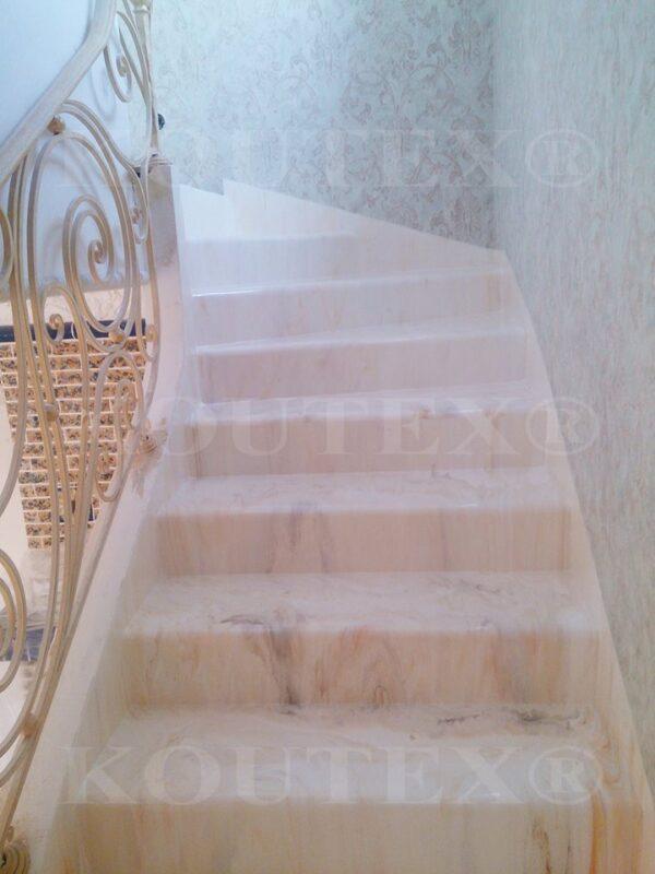 Перламутровая лестница в частном доме
